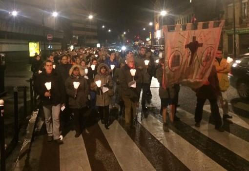 procession-catholiques-bordeaux